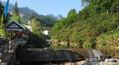 黄山祁门旅游景点大全  新安江山水画廊位于国家级历史文化名城歙县