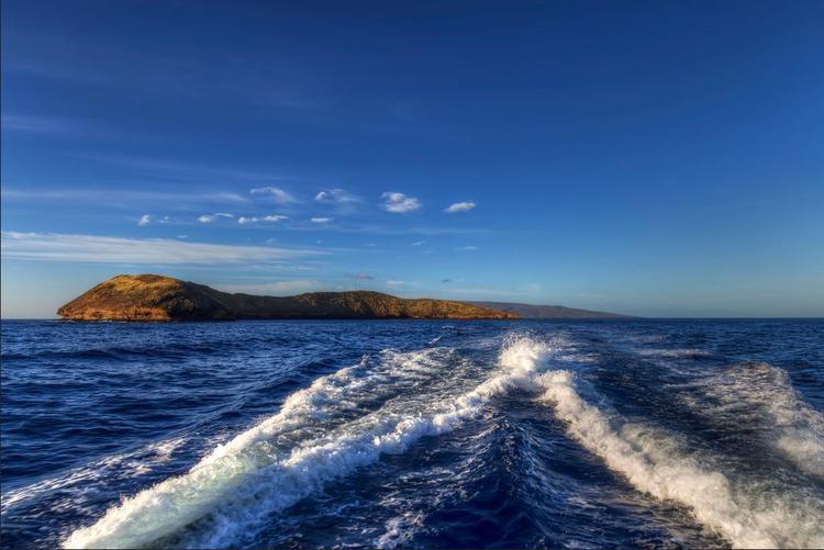 夏威夷茂宜岛半月湾浮潜