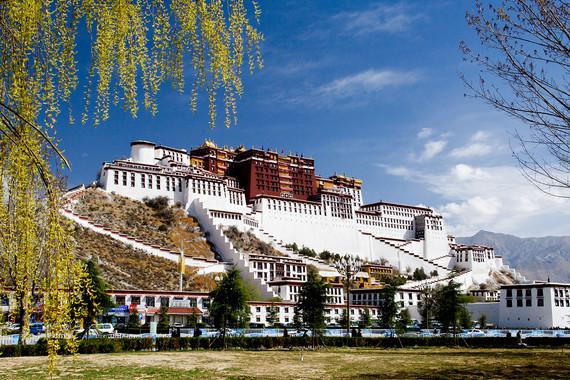 【西藏跨年】拉薩+林芝+羊卓雍措+卡若拉冰川 雙飛7日游