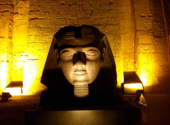 埃及6晚8日休闲之旅(EK往返A380/全程车载WIFI,让您慢慢车程不再寂寞)