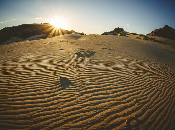【非常内蒙古】希拉穆仁草原、响沙湾、鄂尔多斯、环湖骑行双飞5日游