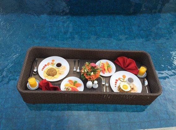 【花漾甜新】巴厘島5晚7天半自助【全新五星泳池別墅+海邊五星酒店/某紅書同款花瓣泳池/漂浮早餐】