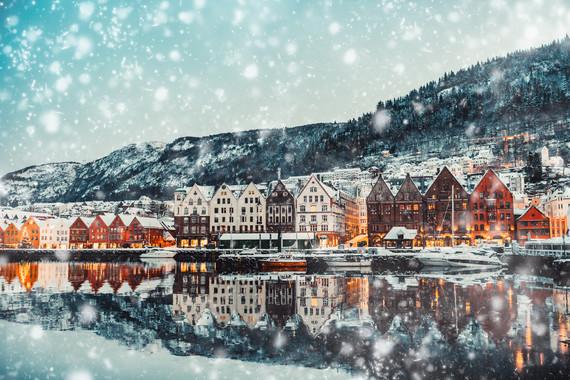 【早鸟】挪威一地12日跟团游【四大峡湾/百年贵族酒店/攀布道石/冰川徒步/挪威签】