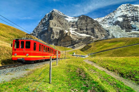 【致臻悠享】瑞士一地回归自然一价全含11日游【马特洪峰+万豪W五星酒店/五种火车+三种缆车体验】