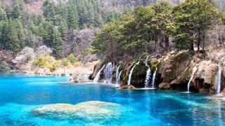 四川 向水而生的九寨仙境